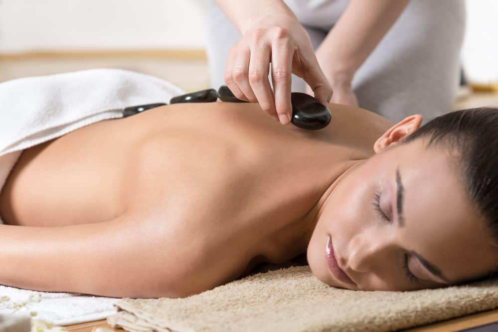 massaggio sportivo hot stone