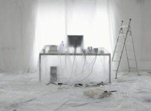 imbiancare casa fai da te coprire mobili e pavimento