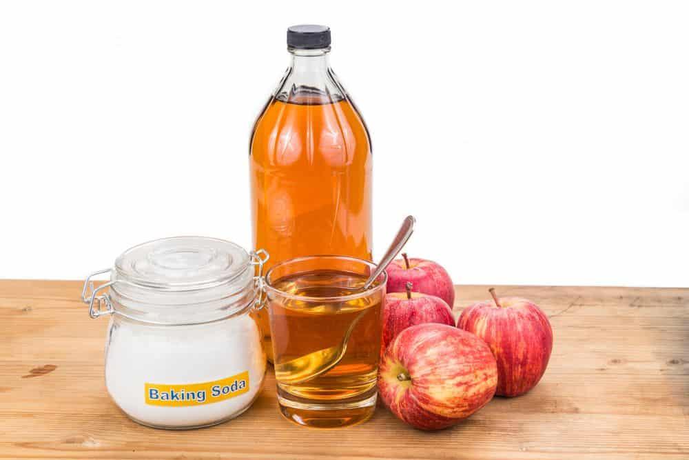 bicarbonato e aceto utilizzi e usi domestici evicus